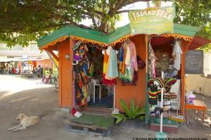 Grenadines - Clifton Market